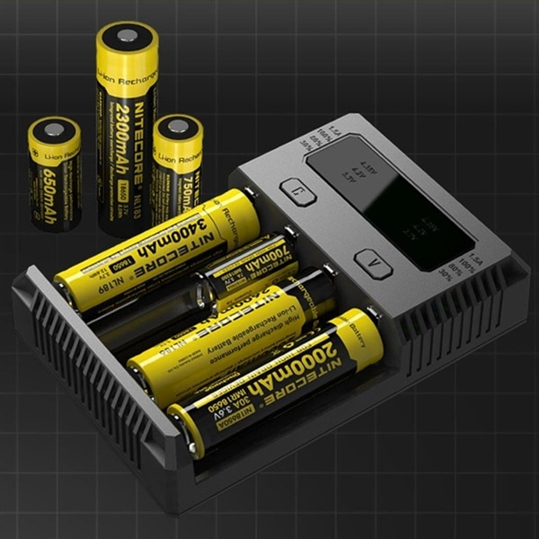 Nitecore NEW i4 Multi LCD Batterilader